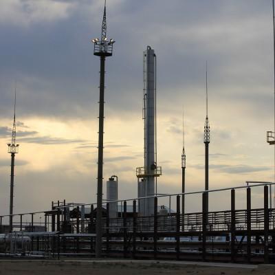 Опыт строительства завода глубокой переработки попутного нефтяного газа